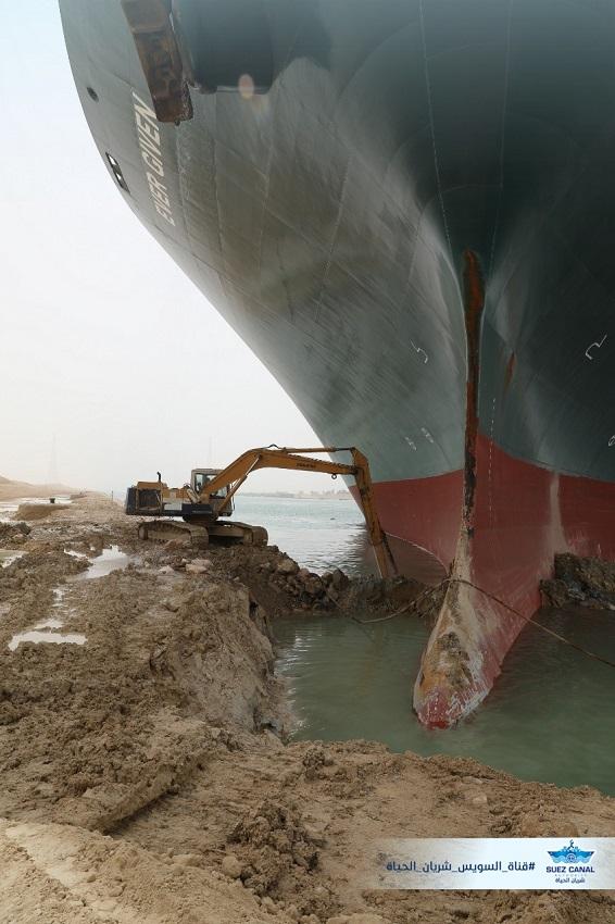 Суэцкий канал: как один корабль замедлил Землю