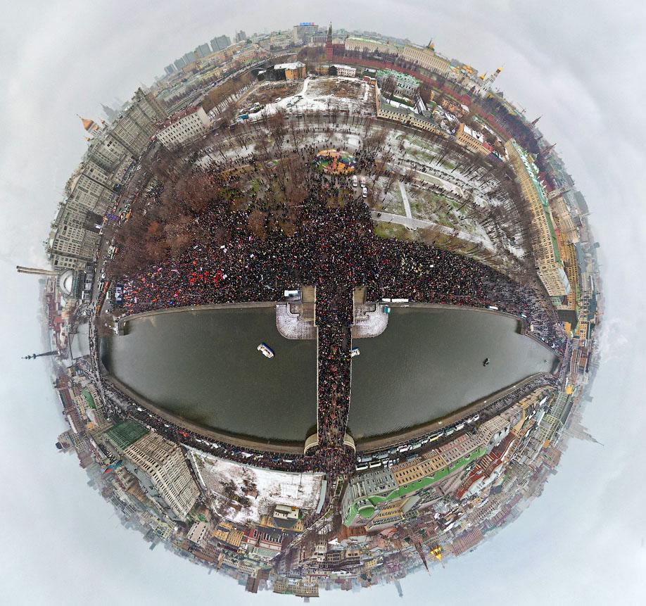 http://varlamov.me/img/--/planeta_miting.jpg