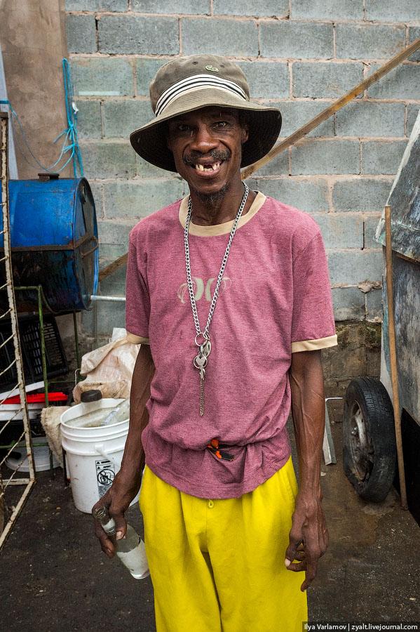 27 Тринидад и Тобаго и проститутки Арубы.
