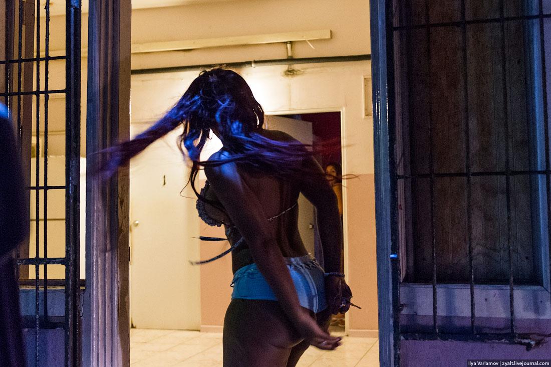 51 Тринидад и Тобаго и проститутки Арубы.