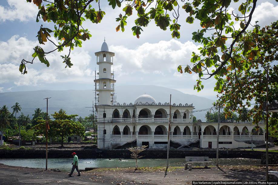 Фото скала мечеть