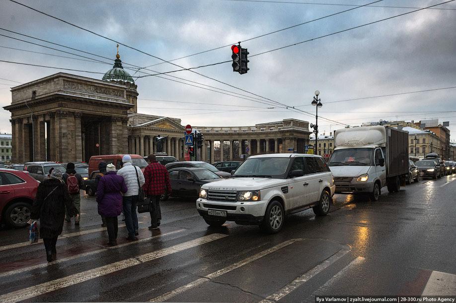 """Губернатор Петербурга против """"воронья"""""""